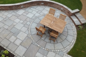 Antique sandstone paving